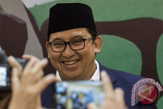 Fadli Zon: kewajiban menyanyikan Indonesia Raya tiga stanza menabrak kebiasaan