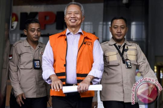 KPK perpanjang penahanan Tonny Budiono