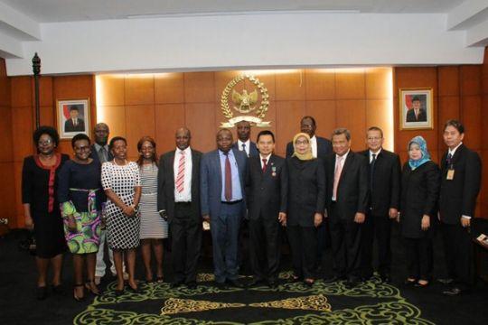 Delegasi Kenya temui Sekjen MPR