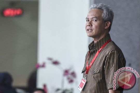 """Ganjar Pranowo ucapkan """"selamat Lebaran"""" kepada Sudirman Said"""