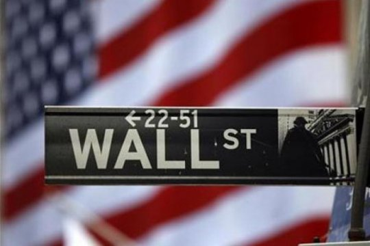 Wall Street berakhir bervariasi di tengah data ekonomi
