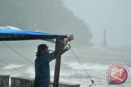 Waspada hujan lebat di Jakarta siang ini