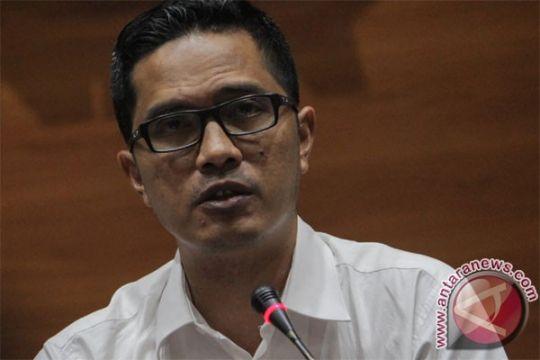 Terkait korupsi proyek jalan, KPK geledah kantor kontraktor di Pekanbaru