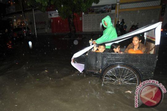 Pemkab imbau warga waspada banjir susulan