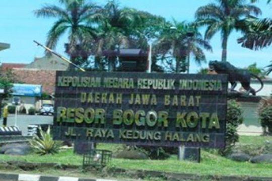 """Polresta Bogor Kota bongkar makam pelajar korban """"gladiator"""""""