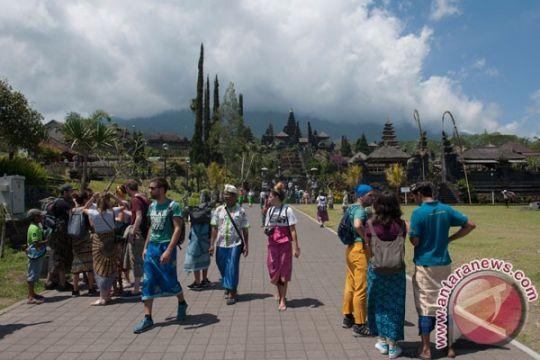 Gunung Agung level siaga, Dinpar Bali imbau wisatawan ke pulau Dewata