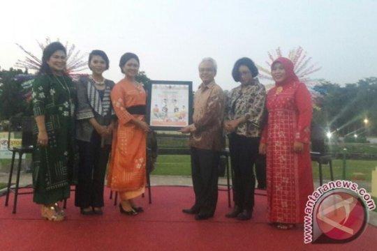 """Buku """"Lenggang Batik Jakarta"""" resmi diluncurkan"""