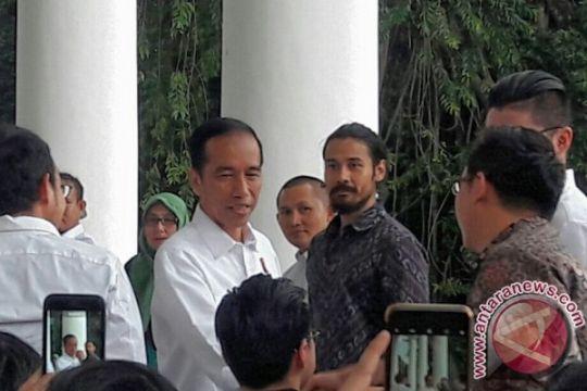"""Presiden """"ngopi"""" sore di Istana Bogor"""
