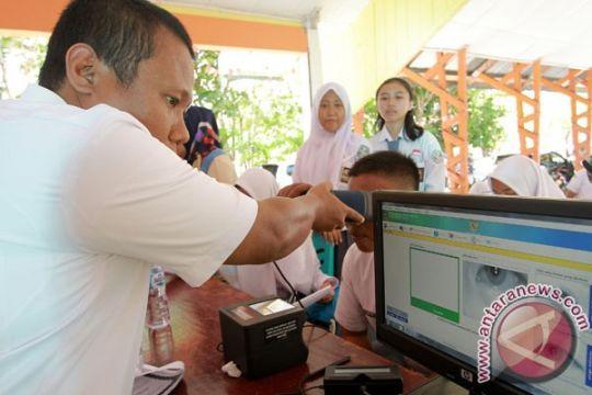 Banten genjot perekaman KTP-e untuk pemilih pemula