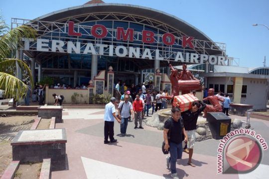 Bandara Lombok tetap beroperasi pascaerupsi Gunung Agung