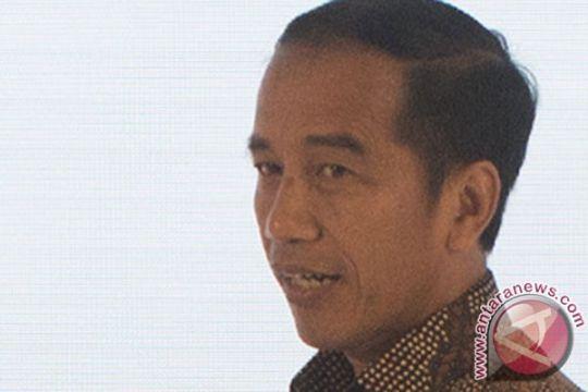 Presiden Jokowi terpukau jurus macan kemayoran dan elang