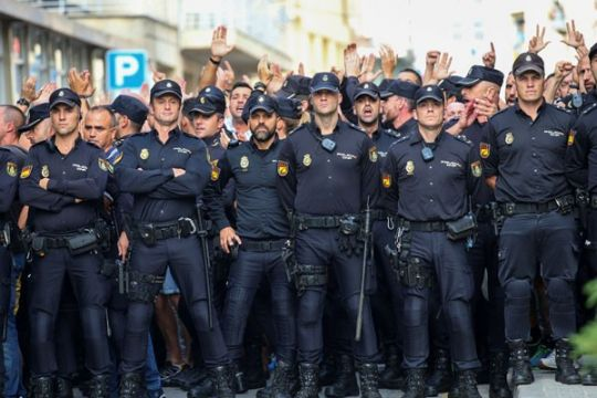 Bongkar jaringan mafia, polisi gerebek 73 gedung di Spanyol