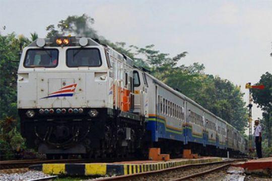 Daop Surabaya menyiapkan dua KA mengantisipasi Imlek