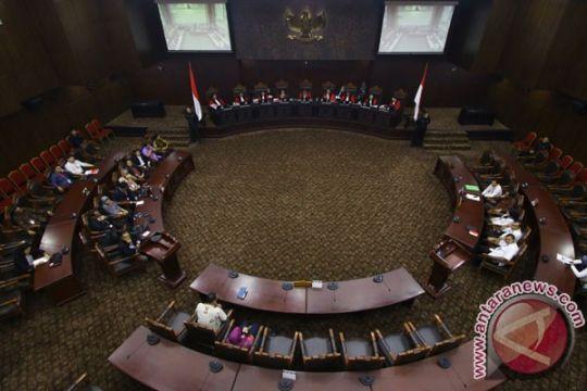 Batasan jabatan presiden-wakil presiden dua periode digugat