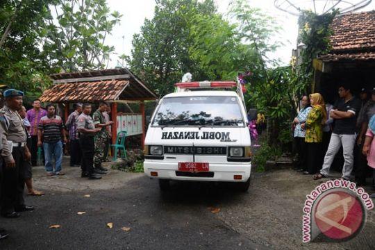 Jenazah anggota Brimob korban penembakan Blora dimakamkan