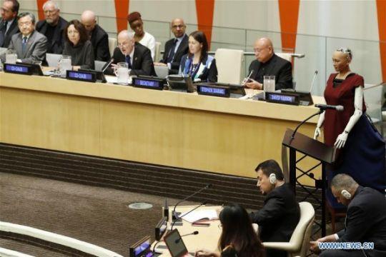 Sophia, robot cantik yang hadir di konferensi PBB