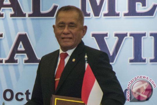 Menhan kepada Panglima TNI: loyalitas itu tegak lurus, terus ke Presiden