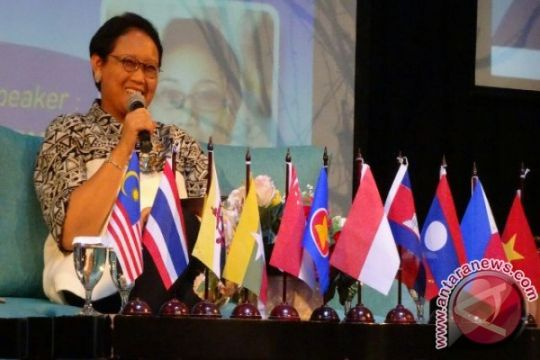 Menlu sebut ASEAN penting bagi Indonesia