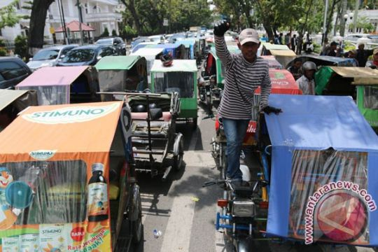 Bentor tolak taksi daring di Gorontalo