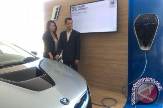 BMW i Wallbox hadir di diler Serpong