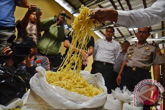 Otoritas Tangerang perintahkan tarik makanan mengandung formalin