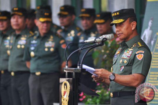 Kepala staf TNI AD tuntut prajurit TNI AD profesional jalankan tugas