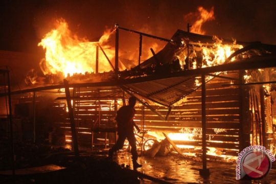 Kebakaran besar di pusat kota Bogor, sejumlah rumah dilalap api