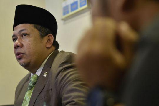 Fahri Hamzah laporkan Presiden PKS ke polisi