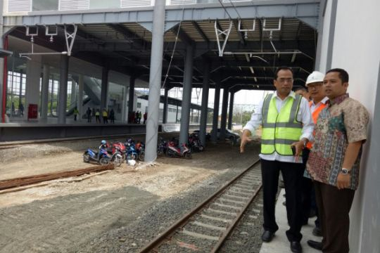 Menhub tinjau pengoperasian kereta Bandara Soekarno-Hatta