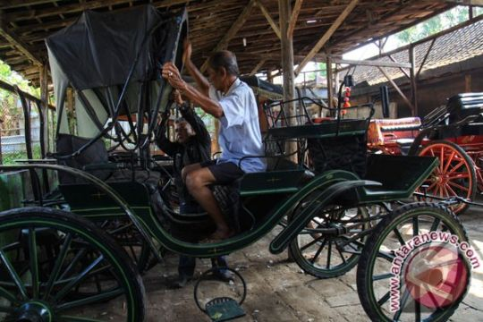 Presiden Jokowi pesan carikan kuda kereta kencana jinak
