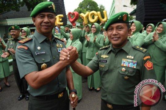 Pangdam Brawijaya minta Babinsa ikut sosialisasikan pemilu
