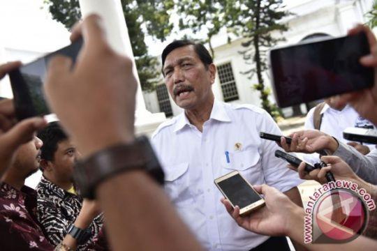 Luhut-Abe bahas kereta Jakarta-Surabaya hingga Blok Mahakam