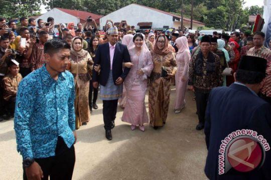 Presiden dan Ibu Negara tiba di Medan