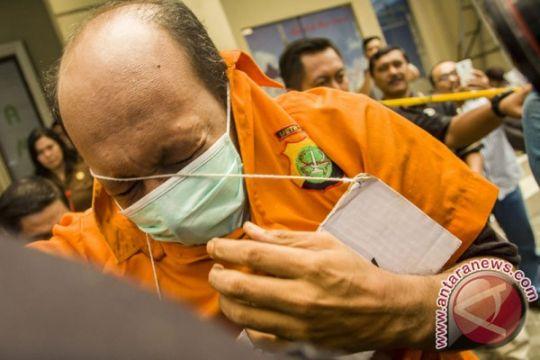 Dokter Helmi jalani 26 adegan rekonstruksi pembunuhan istrinya