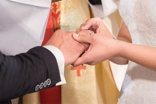 Selama PSBB, 21 pasangan menikah di Jakarta Pusat