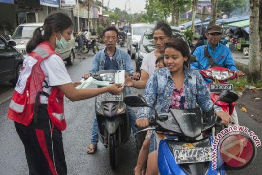 PMI Bali bagikan masker antisipasi debu vulkanik Gunung Agung