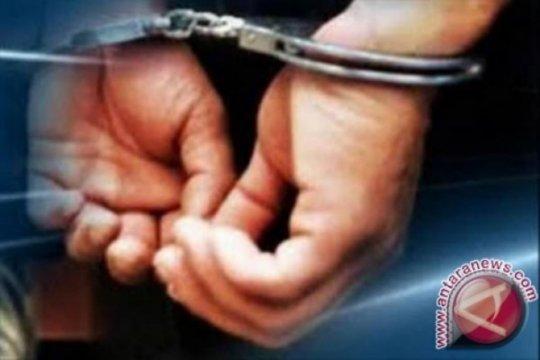 Polisi tangkap penusuk dua pengunjung warung kopi di Pontianak