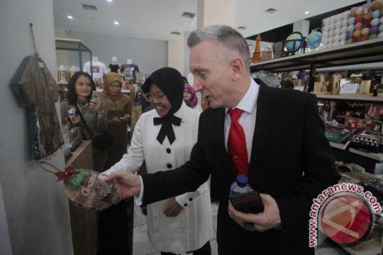 Wali Kota Liverpool kunjungi Gedung Siola Surabaya