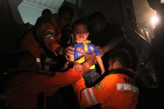 Seluruh penumpang kapal kandas di Kendari telah dievakuasi