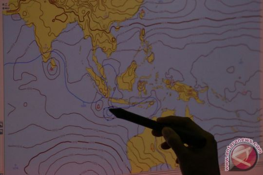 BMKG: melemahnya siklon Cempaka pengaruhi kondisi cuaca