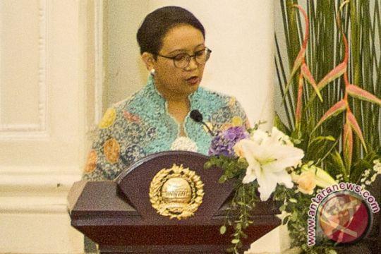 Menlu kenakan keffiyeh Palestina tunjukkan dukungan Indonesia
