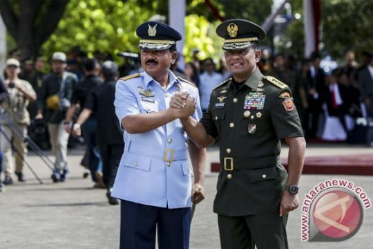 """Flight Pass"" warnai Sertijab Panglima TNI"