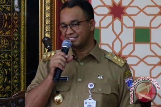 Gubernur Anies bilang becak hanya beroperasi di permukiman warga