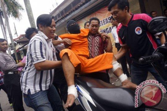 Polrestabes Surabaya lumpuhkan residivis bandit motor