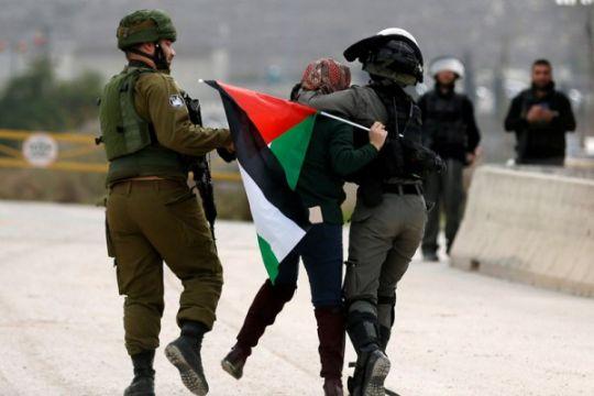 Perempuan Palestina berada di garis depan protes anti-Israel