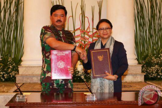 Kerjasama Menlu Dengan Panglima TNI