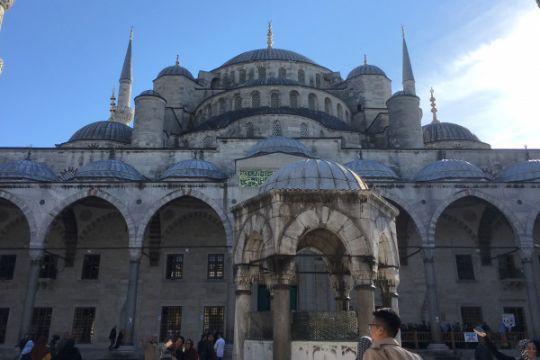 Mengunjungi Masjid Sultan Ahmet Istanbul