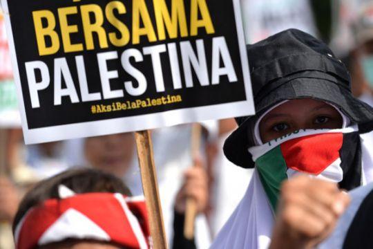 Massa aksi bela Palestina mulai datangi Monas