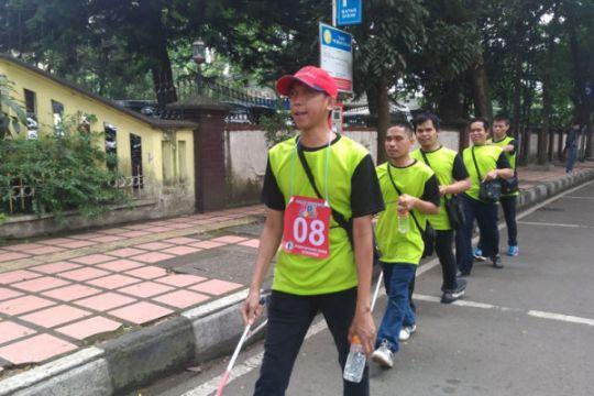 Ratusan tunanetra ikut Rally Tongkat di Bandung