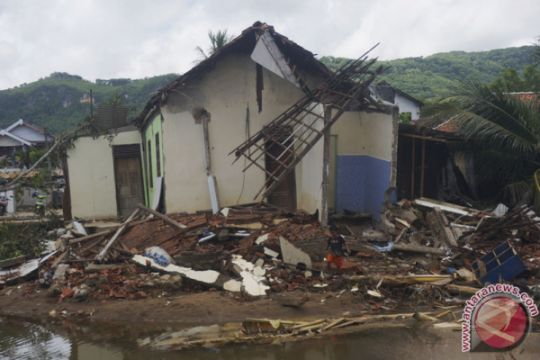 Jumlah Rumah Terdampak Bencana Pacitan